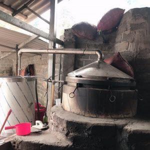 nguyên lý hoạt động của nồi nấu tinh dầu bằng củi